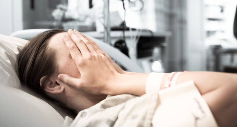 viêm âm đạo do tạp khuẩn nguy hiểm như thế nào